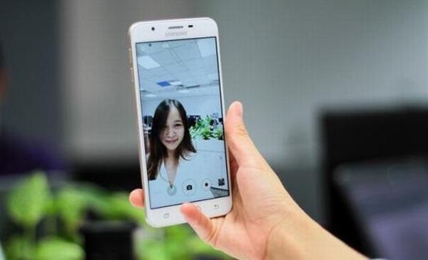 tong-hop-nhung-thu-thuat-chup-anh-selfie-tren-galaxy-j7-prime-2